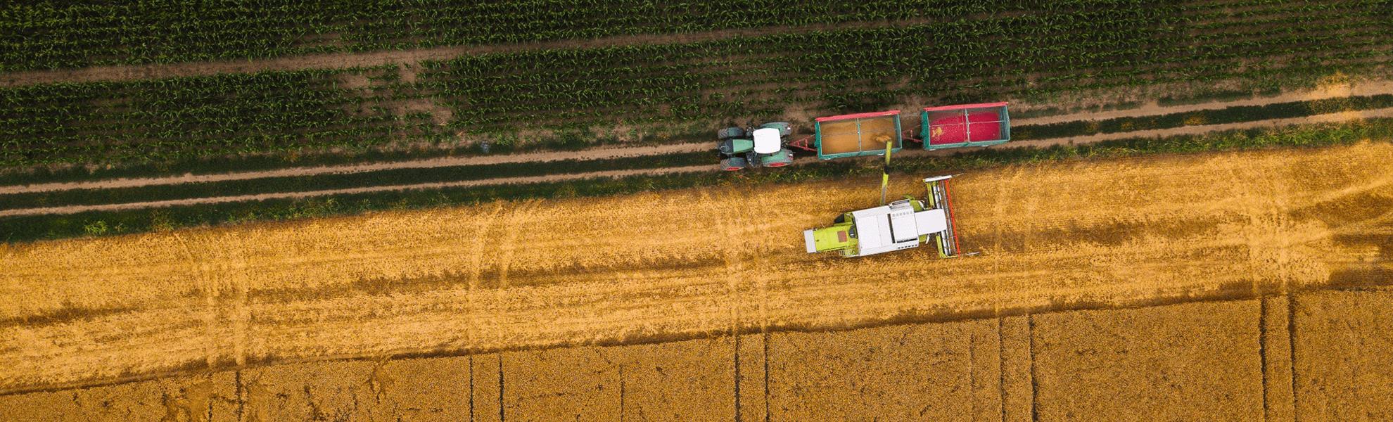 Įvairių galių traktorių nuoma lanksčiomis sąlygomis