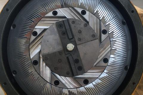 Diskinio malūno galinas malimo diskas