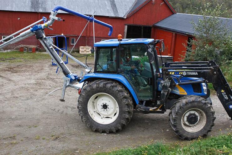 """Švediški """"Sveaagri"""" traktoriaus varomi srutų siurbliai"""