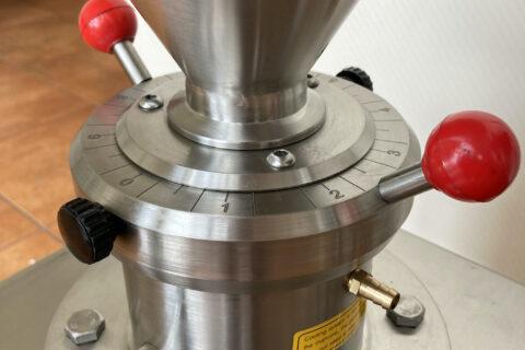 Automatinė pastos - žemės riešutų sviesto gaminimo mašina