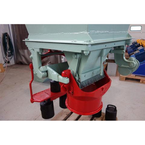 Labai kokybiškas naudotas vokiečių gamybos 1 m3 talpos dozavimo įrenginys